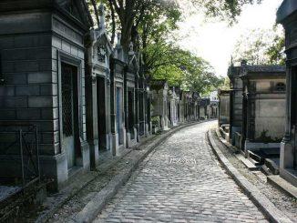 Cosa vedere a Parigi: tra catacombe e cimiteri
